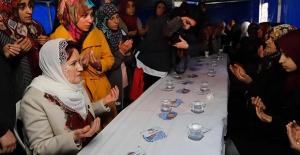 İYİ Parti Genel Başkanı Akşener'den Şehit Ailesine Taziye Ziyareti