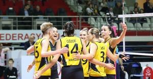 VakıfBank, CEV Şampiyonlar Liginde Maribor'u Konuk Ediyor
