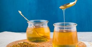 35 Yıllık Bal Gurmesi Mucize Besin Arı Sütü'nü Anlattı