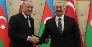 """""""Azerbaycan İle Ticaret Hacmimizi 2023 Yılında 15 Milyar Dolara Çıkaracağız"""""""