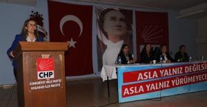 CHP Kuşadası Kadın Kolları'nın Yeni Başkanı Ayşegül Dağlı Oldu