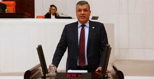 """CHP'li Barut: """"Hastalar İlaç Bulamıyor"""""""