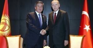 Cumhurbaşkanı Erdoğan, Kırgızistan Cumhurbaşkanı Ceenbekov İle Telefonda Görüştü