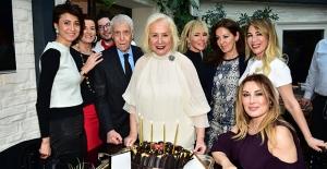 ERDODER Derneği Başkanı Canan Göztepe Yeni Yaşını Dostlarıyla Kutladı