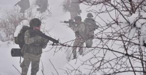Irak'ın Kuzeyine Hava Destekli Operasyon: 4 Terörist Etkisiz Hale Getirildi