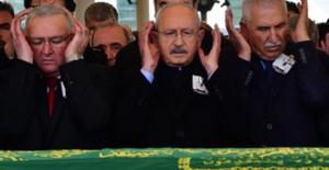 Kılıçdaroğlu, Yayıncı, Şair Ve Yazar Muzaffer İlhan Erdost'u Son Yolculuğuna Uğurladı