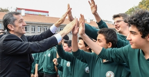 """Milli Eğitim Bakanı Selçuk: """"Yeni Sınıf Geçme Sistemiyle Liselerde Başarı Daha Da Artacak"""""""