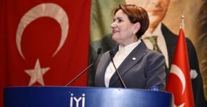 Akşener, Erdoğan Bir Liderler Zirvesi Yapıp Bilgi Vermeli