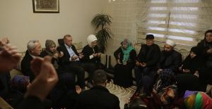 Cumhurbaşkanı Erdoğan, Şehit Uzman Onbaşı Emre Baysal'ın Ailesine Taziye Ziyaretinde Bulundu