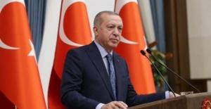 Cumhurbaşkanı Erdoğan, Yargıtay Başkanlığı'na Seçilen Akarca'yı Tebrik Etti
