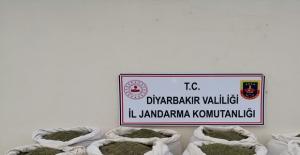 Diyarbakır'da 322 Kg Esrar Ele Geçirildi