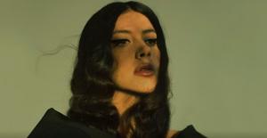 Katerine Duska'dan Yeni Şarkı: 'Sanctuary