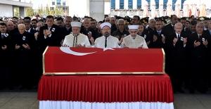 Kılıçdaroğlu, Şehit Uzman Onbaşı Halil Çankaya'nın Cenaze Törenine Katıldı