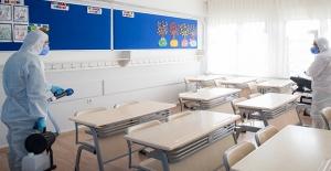 Koronavirüs Önlemleri Kapsamında Okullardaki Sosyal Etkinlikler İptal Edildi