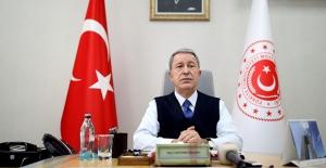 """Millî Savunma Bakanı Akar: """"Mehmetçiğin Güvende Olması İçin Gece Gündüz Gayret Gösteriyoruz"""""""