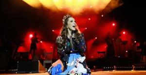 Sanatçılar, En Sevilen Şarkılarıyla Çocuklar İçin 'Umut' Konserinde!