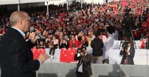"""""""Türkiye, Ayağına Vurulan Prangalardan Bizim Dönemimizde Kurtuldu"""""""
