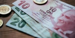 Yıllık Gelir Vergisi Beyannamelerinin Verilme Ve Ödeme Süreleri Uzatıldı