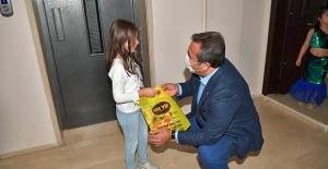 Çukurova Belediyesi'nden Çocuklara Hikaye Ve Boyama Kitabı