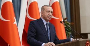 Cumhurbaşkanı Erdoğan, Gürcistan Cumhurbaşkanı Zurabişvili İle Telefonda Görüştü