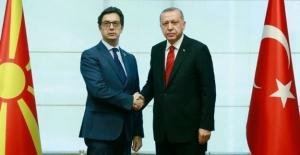 Cumhurbaşkanı Erdoğan, Kuzey Makedonya Cumhurbaşkanı Pendarovski İle Telefonda Görüştü
