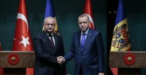 Cumhurbaşkanı Erdoğan, Moldova Cumhurbaşkanı Dodon İle Görüştü
