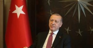 Cumhurbaşkanı Erdoğan, Vefa Sosyal Destek Gruplarının Yardım Götürdüğü Ailelerle Görüştü