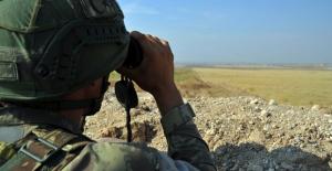 Suriye Barınma Alanlarından Kaçan 1 PKK/YPG'li Terörist Teslim Oldu