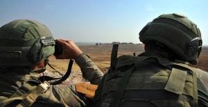 Suriye'nin Kuzeyindeki Terör Gruplarından Kaçan 1 PKK/YPG'li Terörist Teslim Oldu