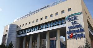 Tıbbi Malzeme Sağlayan Firmaların Yıllık Aidat Ödemelerini Yapamamaları Durumunda Barkodlarının Pasife Alınması Uygulaması 1 Temmuz'a Kadar Durduruldu