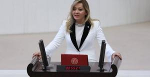 """Aylin Cesur'dan """"53. Gününde Korona Virüs Türkiye"""" Raporu"""