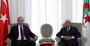 Cumhurbaşkanı Erdoğan, Cezayir Cumhurbaşkanı Abdülmecid Tebbun İle Gönüştü