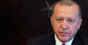 Cumhurbaşkanı Erdoğan, Rusya Devlet Başkanı Putin'e Zafer Günü Dolayısıyla Kutlama Mesajı Gönderdi
