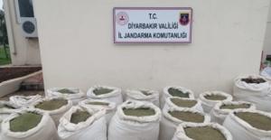Diyarbakır'da Çok Sayıda Malzeme Ve 420 Kg Esrar Ele Geçirildi
