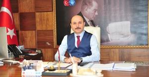 """""""İstanbul'un Fethi; Tarihle Yaşıt Türk Milletinin, Aleme Nizam Verme İnancının Çelikleşmiş İradesidir"""""""