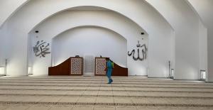 Kuşadası'nda Camiler İbadete Hazır