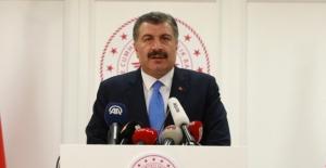 Türkiye'de Koronavirüs'ten Hayatını Kaybedenlerin Sayısı 4.489'a Yükseldi