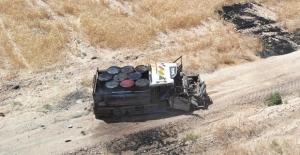 Barış Pınarı Bölgesinde Büyük Bir Facia Önlendi, Bombalı Araç Vurularak Durduruldu