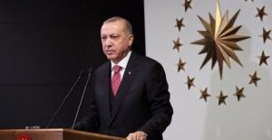 """Cumhurbaşkanı Erdoğan Yeni Kararları Açıkladı: """"18 Yaş Altındakiler İçin Sokağa Çıkma Kısıtlaması Kaldırıldı"""""""