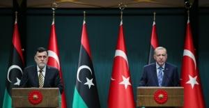 """""""Libyalı Kardeşlerimizi Asla Darbecilerin Ve Lejyonerlerin İnsafına Bırakmayacağız"""""""