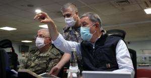 Pençe-Kartal Operasyonu İle Teröristlere Ait 81 Hedef İmha Edildi