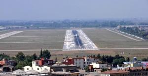 """CHP'li Barut'tan """"Adana Havalimanı'na Sahip Çıkılsın"""" Çağrısı"""