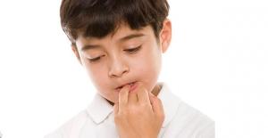 Çocuklarda Tırnak Yemeye Yol Açan Nedenlere Dikkat!