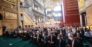 Cumhurbaşkanı Erdoğan, Cuma Namazını, 86 Yıl Sonra İbadete Açılan Ayasofya-İ Kebir Cami-İ Şerifi'nde Kıldı