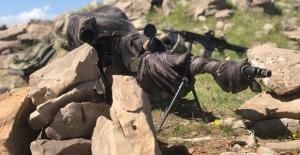 Fırat Kalkanı Bölgesinde Saldırı Hazırlığında Olan 2 Terörist Etkisiz Hale Getirildi