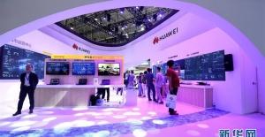 """""""Huawei'yi Yasaklamak Büyük Maliyet Artışına Neden Olacaktır"""""""