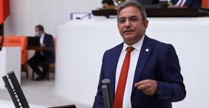 """CHP'li Budak: """"Serik Belediye Başkanına Siyasi Mobbing Uygulanıyor"""""""