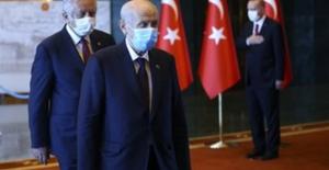 Cumhurbaşkanı Erdoğan, 30 Ağustos Zafer Bayramı Tebriklerini Kabul Etti