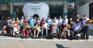 Kuşadası'nda Engellilere Ücretsiz Diş Tedavi Hizmeti