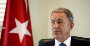 """Bakan Akar: """"Ermenistan'ın Bu Alçak Saldırısını Şiddetle Kınıyoruz"""""""